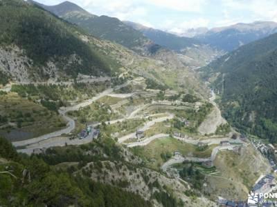 Andorra-País de los Pirineos; belen buitrago de lozoya grupo senderista prisma fotos lagunas de ruid